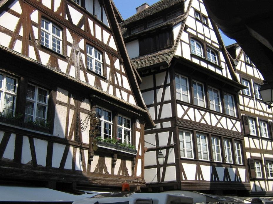case cu colombaje - strasbourg- alsacia - franta