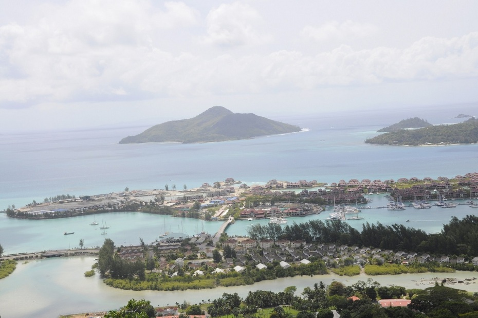 insula artificiala - mahe - seychelles