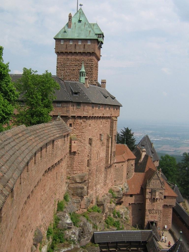 haut koenigsbourg - alsace - france