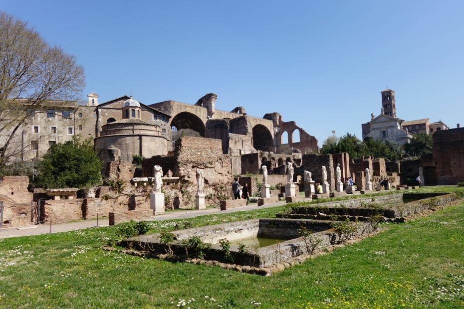 Forul-Roman-Roma.JPG