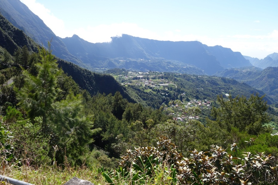 sat montan in Reunion