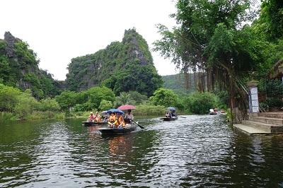 Trang An - Vietnam (2)